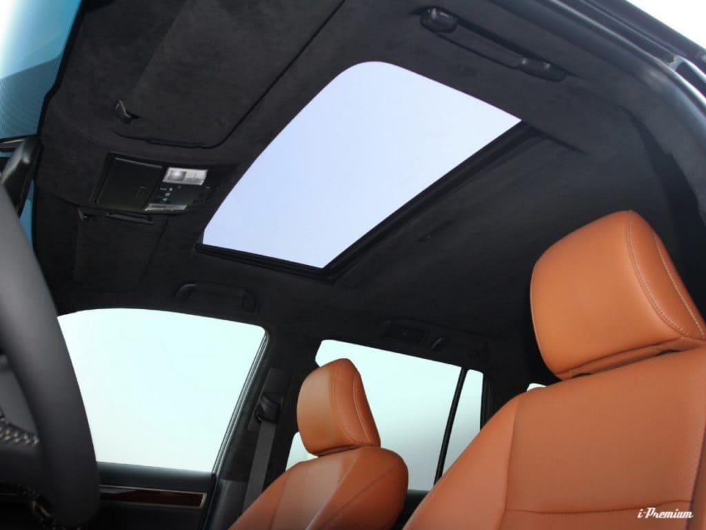 Перешить потолок в машине